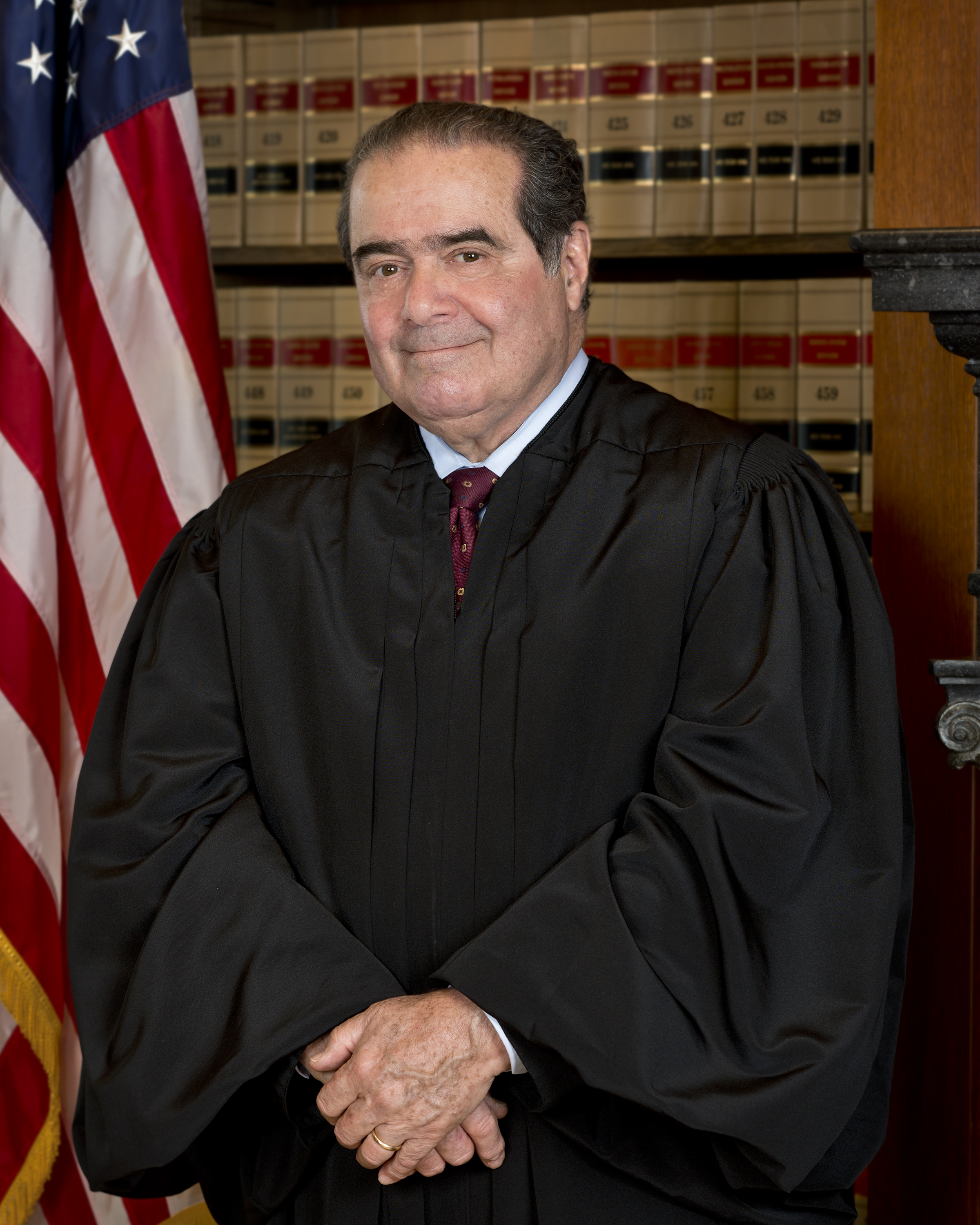 justice scalia how tall