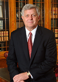 2014 Law Alumnus of the Year Robert Khayat